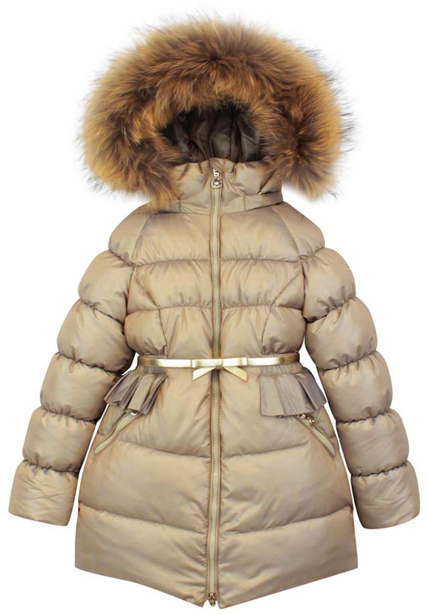 КурткаPUFWG-616-20323-706Удлиненная куртка для девочки Pulka c длинными рукавами, воротником-стойкой и съемным капюшоном выполнена из прочного полиэстера с добавлением нейлона. Наполнитель - синтепон. Капюшон отделан съемным натуральным мехом на молнии. Модель застегивается на застежку-молнию спереди. Изделие имеет два втачных кармана на молниях спереди. Рукава оснащены внутренними манжетами. Объем низа регулируется при помощи внутреннего шнурка-кулиски. В комплект входит узкий пояс с застежкой-крючком.