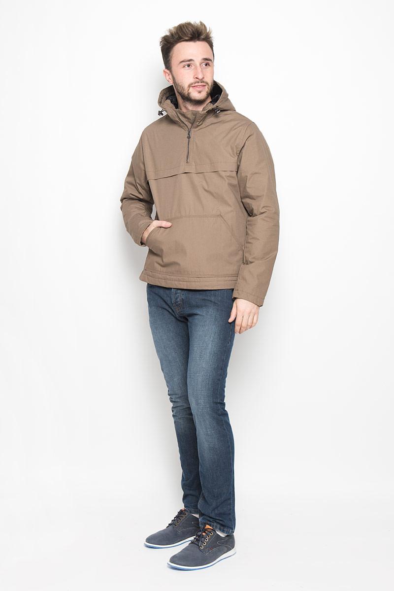 Куртка20100317_526Мужская куртка-анорак Broadway Ontario выполнена из полиэстера и хлопка. Подкладка изготовлена из гладкого материала. В качестве утеплителя используется полиэстер. Модель с капюшоном застегивается на небольшую молнию сбоку. Для комфорта и удобства куртка имеет на груди застежку-молнию. Капюшон дополнен по краю затягивающимся эластичным шнурком со стопперами. Спереди расположен большой карман-кенгуру.