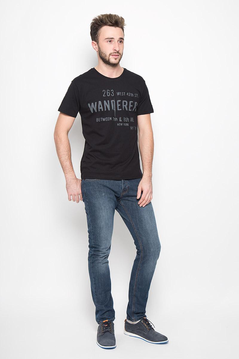 Футболка20100239_01BМужская футболка Broadway Bennie изготовлена из натурального хлопка. Модель с круглым вырезом горловины и короткими рукавами оформлена принтовыми надписями. Вырез горловины дополнен трикотажной резинкой.