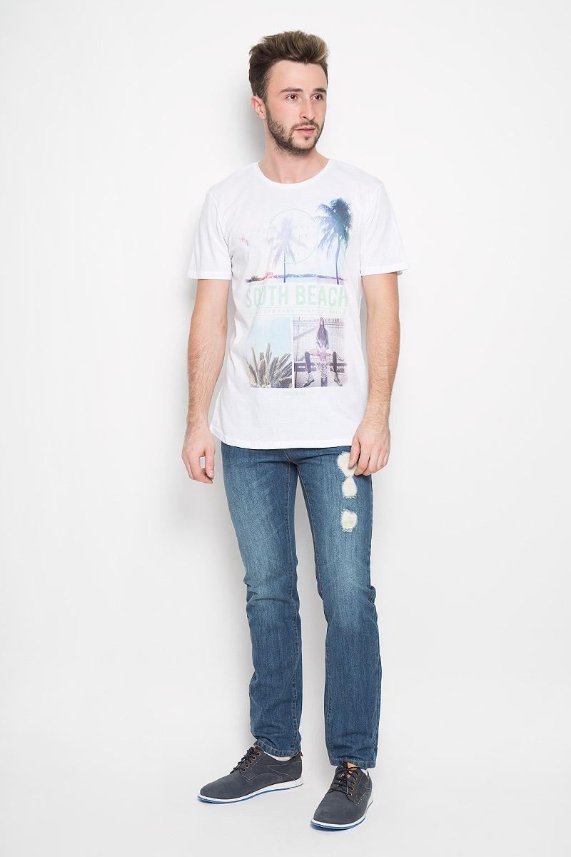 1035028.00.12_2000Мужская футболка Tom Tailor Denim выполнена из высококачественного натурального хлопка. Простая и универсальная модель - незаменимый вариант на каждый день. Футболка с круглым вырезом горловины и короткими рукавами спереди оформлена оригинальным принтом. В этой футболке вы всегда будете чувствовать себя уверенно, оставаясь в центре внимания.