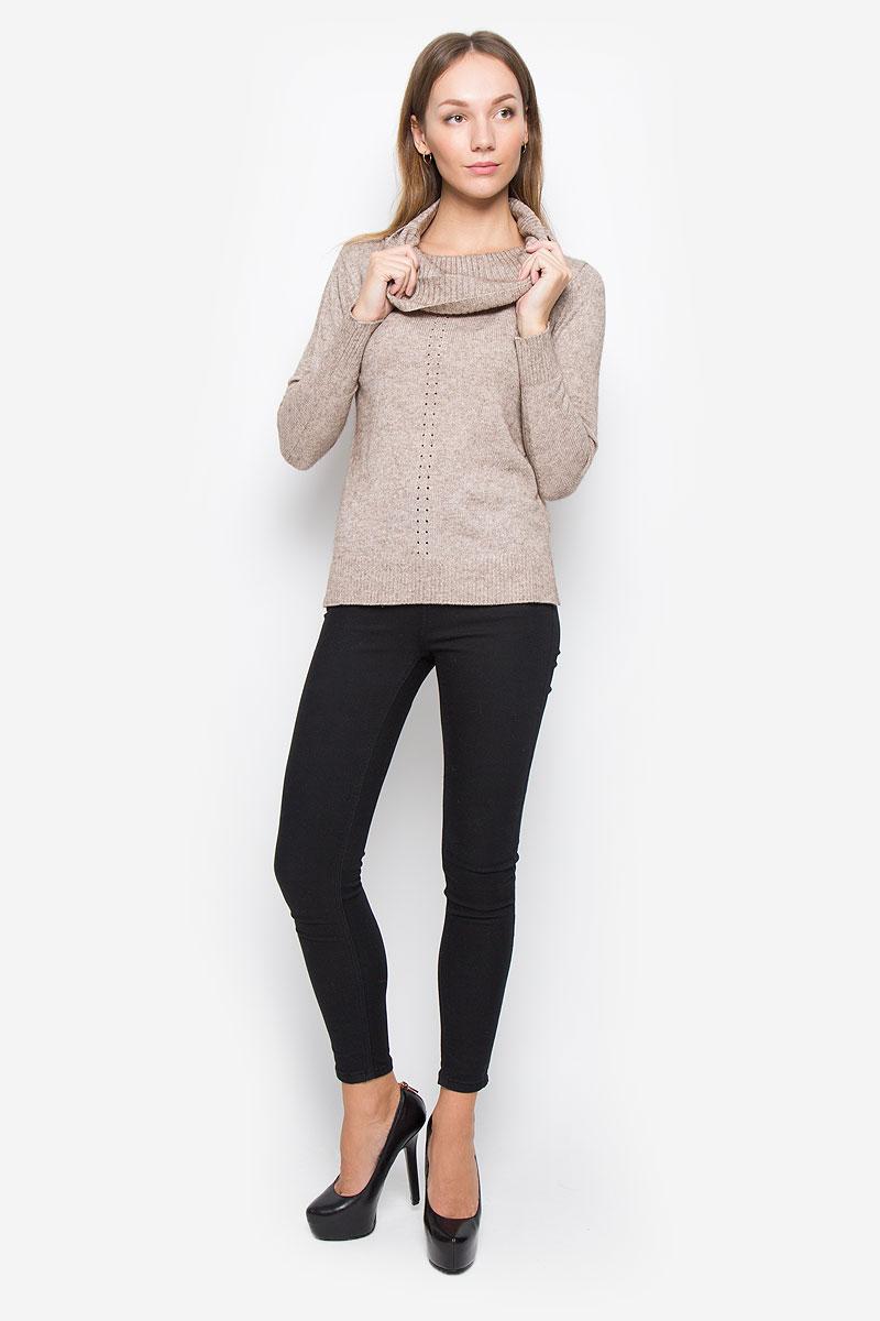 B166542_Caribou MelangeЖенский свитер Baon выполнен из мягкой и теплой пряжи. Модель с воротником-хомут и длинными рукавами оформлена спереди вязаным перфорированным рисунком. Воротник, манжеты и низ изделия связаны резинкой. По бокам предусмотрены разрезы.