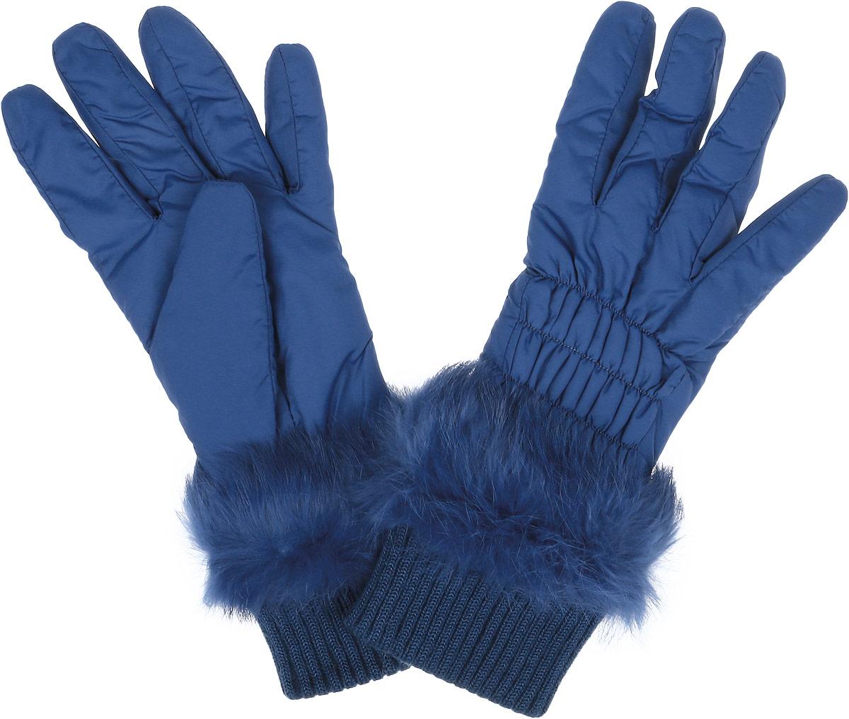 Перчатки27.4-11 blueЖенские перчатки Fabretti не только защитят ваши руки от холода, но и станут незаменимым аксессуаром. Модель изготовлена из высококачественного нейлона, а подкладка перчаток выполнена из теплого полиэстера. Модель украшена натуральным мехом. Манжеты изделия выполнены из трикотажной резинки. Лицевая сторона дополнена отстрочкой с эластичной резинкой. Перчатки Fabretti станут завершающим и подчеркивающим элементом вашего стиля.