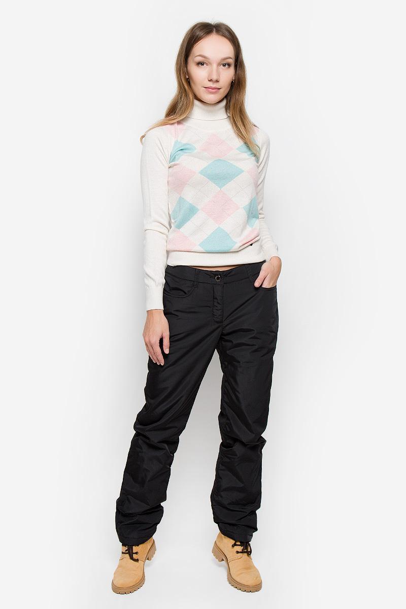 Брюки утепленныеW16-12012_200Утепленные женские брюки Finn Flare изготовлены из высококачественного полиэстера. В качестве утеплителя используется полиэстер. Модель прямого кроя застегивается на пуговицы в поясе и ширинку на застежке-молнии. Спереди расположены два втачных кармана. На поясе имеются шлевки для ремня. Нижняя часть штанин оснащена застежками-кнопками.