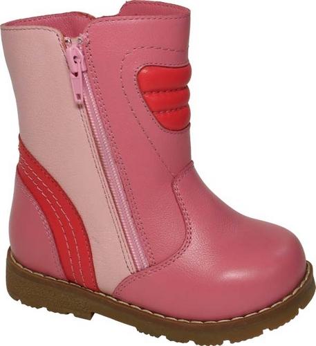 11190-20Теплые полусапоги от Зебра выполнены из натуральной кожи. Застежка-молния надежно фиксирует изделие на ноге. Мягкая подкладка и стелька из натурального меха обеспечивают тепло, циркуляцию воздуха и сохраняют комфортный микроклимат в обуви. Подошва с рифлением гарантирует идеальное сцепление с любыми поверхностями. Сбоку модель оформлена декоративной молнией.