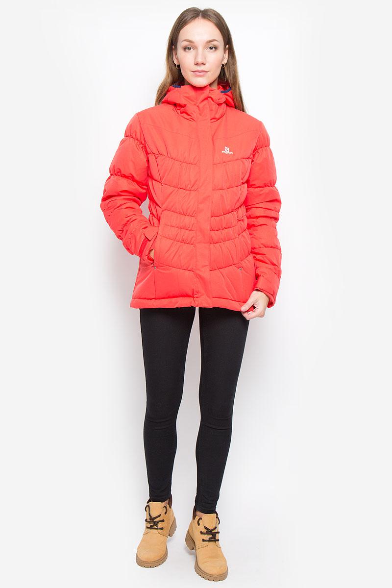 КурткаL38263200Легкая, теплая и универсальная женская куртка Salomon Stormpulse Jkt W с защитой от непогоды Advanced Skin Dry выполнена из полиэстера на подкладке из нейлона. Используемый в куртке утеплитель Stormloft по упругости и теплоте напоминает натуральный пух, но не теряет своих свойств при намокании, а также отлично подходит людям, которые страдают аллергией. Модель с капюшоном застегивается на молнию с ветрозащитными планками. Внешняя планка имеет застежки липучки и кнопки. Рукава дополнены хлястиками с липучками для регулировки объема. С внутренней стороны изделия имеется противоснежная юбка на резинке с застежками-кнопками. По низу куртки проходит эластичный шнурок со стопперами. Спереди расположены два прорезных кармана на молнии, с внутренней стороны находится прорезной карман с застежкой-молнией.