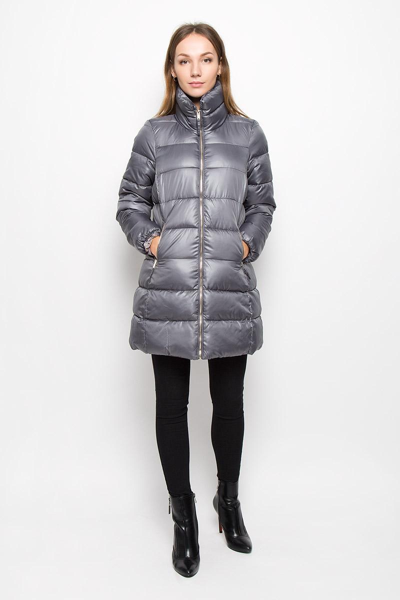 B036568_GREYЖенское пальто Baon с рукавами длинными рукавами и воротником-стойкой выполнено из полиэстера. Наполнитель - синтепон. Пальто застегивается на застежку-молнию спереди. Изделие дополнено двумя втачными карманами на застежках- молниях спереди.