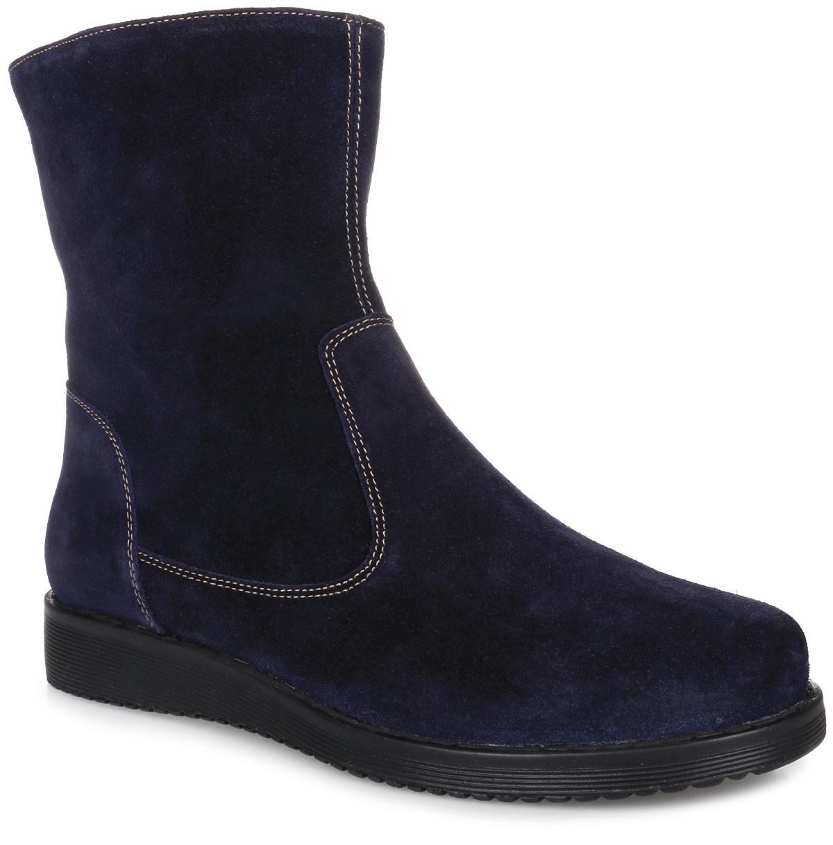 1SVT_VIBRA-20212-03_V.NAVYСтильные женские ботинки от Spur заинтересуют вас своим дизайном с первого взгляда. Модель изготовлена из качественного спилока и оформлена контрастной прострочкой. На ноге модель фиксируется с помощью удобной боковой застежки-молнии. Стелька и подкладка, изготовленные из искусственной шерсти, защитят ноги от холода и обеспечат комфорт. Подошва изготовлена из гибкой и прочной резины. Протекторы с рифлением гарантируют отличное сцепление с различными поверхностями.