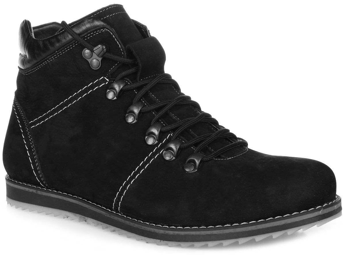24SV_592_514_534_BLACK.NСтильные мужские ботинки от Spur заинтересуют вас своим дизайном с первого взгляда! Модель изготовлена из натурального нубука и оформлена контрастной прострочкой. Классическая шнуровка прочно зафиксирует обувь на вашей ноге. Подкладка и стелька из шерсти не дадут ногам замерзнуть. Подошва с рельефным протектором гарантирует отличное сцепление с любой поверхностью. Модные ботинки займут достойное место среди вашей коллекции обуви.