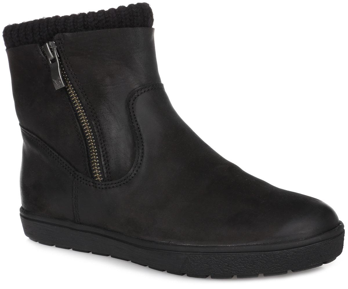 9-9-26451-27-008Модные женские ботинки от Сарriсе не оставят равнодушной настоящую модницу! Модель выполнена из натурального нубука с вязаной вставкой. На ноге модель фиксируется с помощью удобных боковых молний. Стелька из мягкого искусственного меха не даст ногам замерзнуть. Прочная резиновая подошва с рифлением обеспечивает отличное сцепление с любой поверхностью. Такие ботинки отлично подчеркнут ваш стиль и индивидуальность.