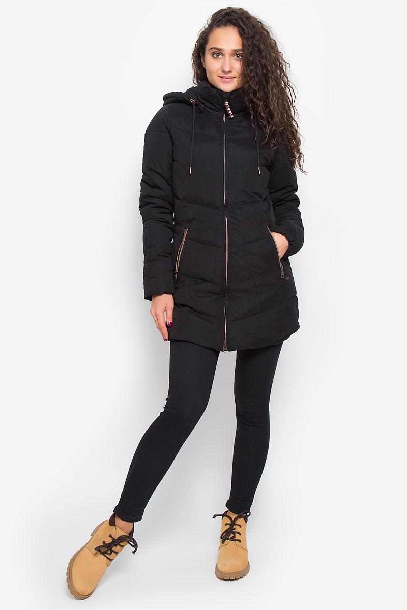 Куртка656002-9010Стильная женская куртка ONeill Lw Control Jacket с наполнителем из полиэстера согреет вас в прохладную погоду и позволит выделиться из толпы. Модель прямого кроя с длинными рукавами, воротником-стойкой и капюшоном застегивается на застежку-молнию и оснащена внутренним ветрозащитным клапаном. Капюшон пристегивается к куртке при помощи металлических кнопок и регулируется шнурком. Изделие дополнено спереди двумя прорезными карманами на застежках-молниях. Манжеты рукавов дополнены эластичными мягкими резинками. Такая стильная куртка станет прекрасным дополнением к вашему гардеробу, она подарит вам комфорт и тепло.