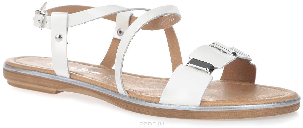 2-2-28135-26-123Эффектные сандалии от Marco Tozzi не оставят равнодушной настоящую модницу. Модель изготовлена из высококачественной натуральной лакированной кожи. Ремешок на мысе оформлен декоративными пластиковыми элементами. Фиксирующие ремешки, переплетенные на подъеме, надежно закрепят модель на ноге. Мягкая стелька из искусственной кожи комфортна при ходьбе. Подошва с рифлением обеспечивает идеальное сцепление с любой поверхностью. Стильные сандалии помогут вам создать яркий запоминающийся образ.