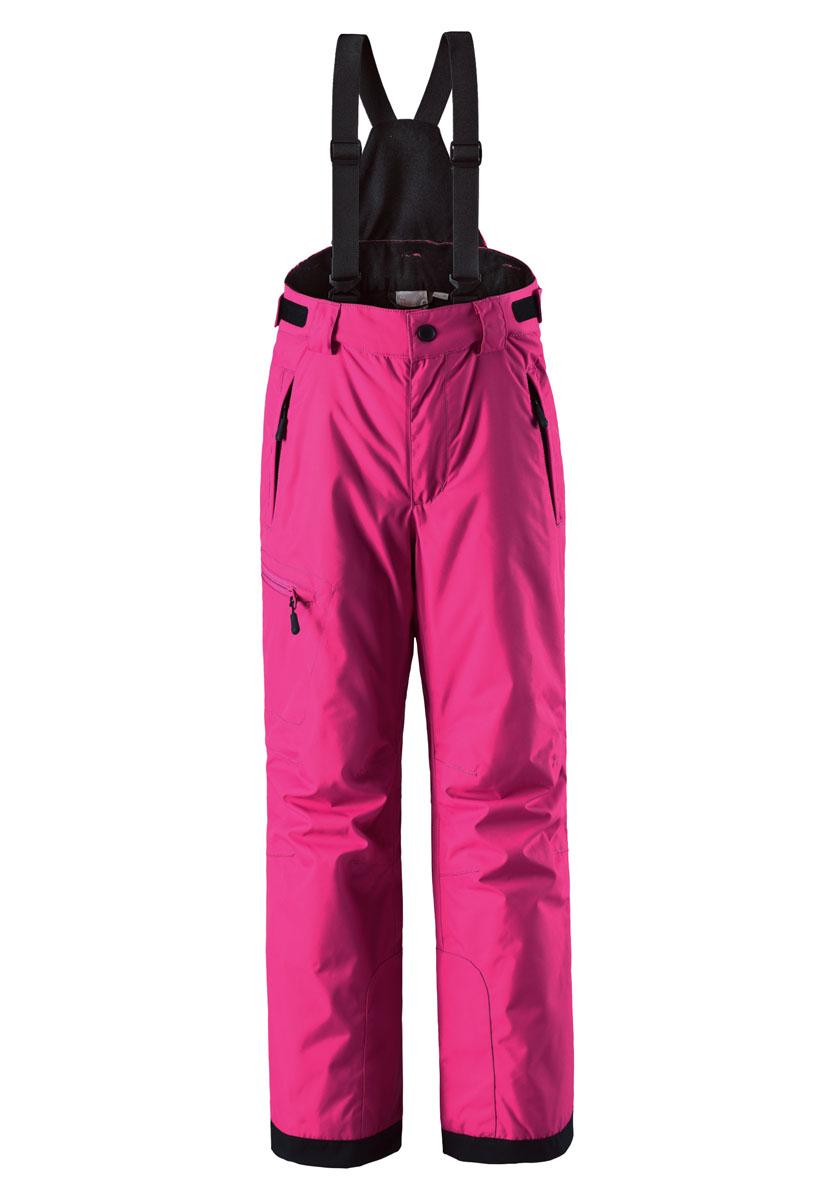 Брюки утепленные532082-4620Детские водонепроницаемые зимние брюки понравятся активным искателям приключений, которые любят проводить время на лыжных склонах. Сделаны из очень прочного, ветронепроницаемого и пропускающего воздух материала, чтобы ребенку было комфортно на протяжении всего дня. Не требуют особого ухода, благодаря водо- и грязеотталкивающему покрытию. Все швы проклеены для создания водонепроницаемости, чтобы защитить от проникновения влаги, снега или воды. Регулируемые съемные подтяжки удержат брюки на месте и в сочетании с регулируемым поясом гарантируют хорошую посадку. Концы брючин с прочным уплотнителем и блокировкой от снега не пропустят холод. В накладной карман на брючине можно положить свои крошечные ценности.