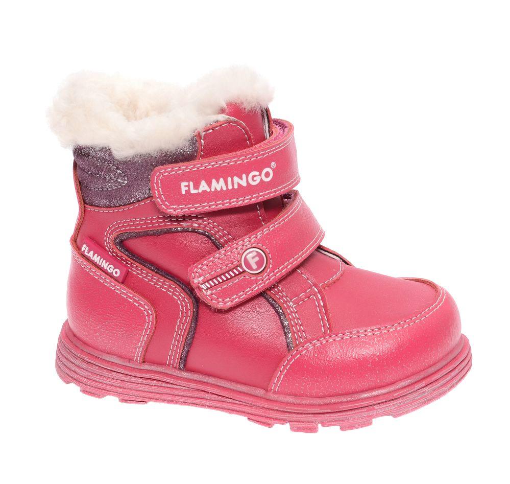 БотинкиW6XY313Модные ботинки для девочки от Flamingo, выполненные из натуральной и искусственной кожи, оформлены меховой оторочкой. Подкладка и стелька из натуральной шерсти не дадут ногам замерзнуть. Ремешки с застежками-липучками надежно зафиксируют модель на ноге. Боковая застежка-молния позволяет легко снимать и надевать модель. Подошва дополнена рифлением.