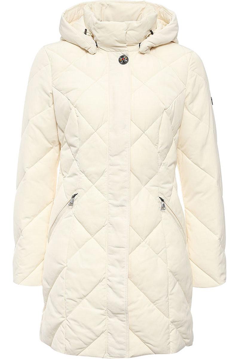 КурткаW16-11022_204Женская куртка Finn Flare выполнена из ветрозащитного и водостойкого материала с утеплителем из полиэстера. Модель с воротником-стойкой и съемным капюшоном застегивается на молнию с ветрозащитной планкой. Капюшон, дополненный по краю эластичным шнурком со стопперами, пристегивается к куртке с помощью кнопок. Спереди расположены два втачных кармана на молниях. Изделие украшено фирменной металлической пластиной с названием бренда и оригинальной пуговицей.