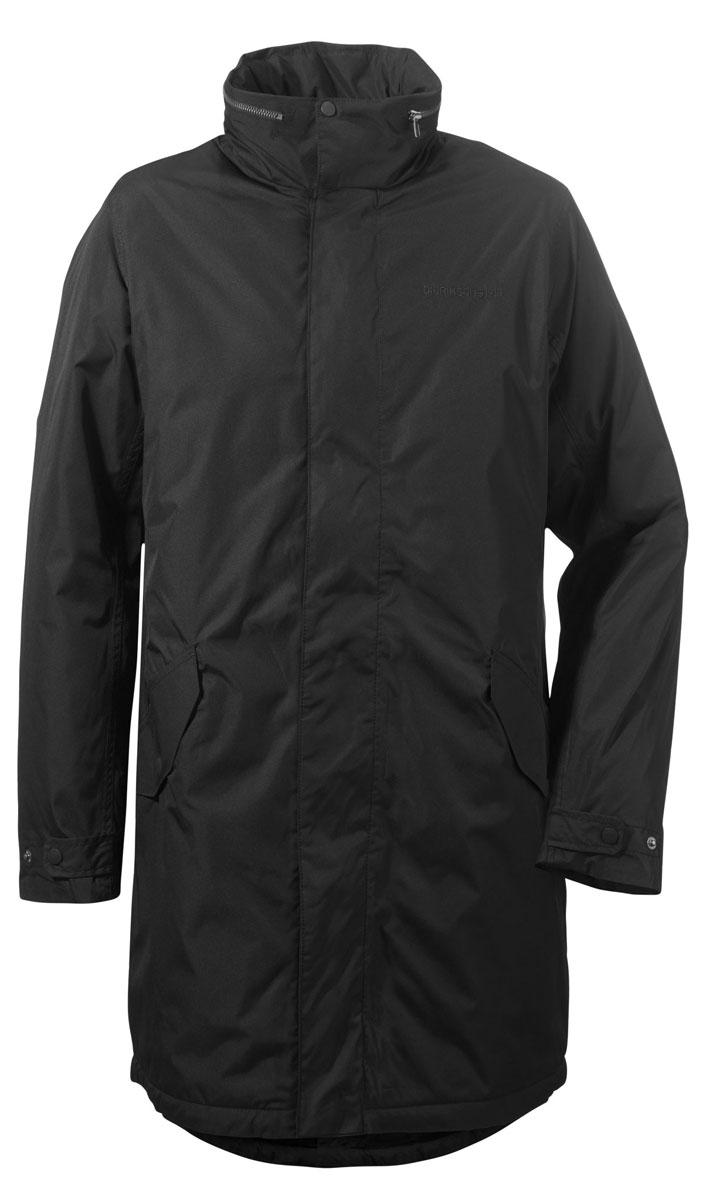 Куртка500977_060Модная мужская куртка Didriksons1913 Cole изготовлена из ветронепроницаемой дышащей ткани - высококачественного материала с утеплителем из 100% полиэстера (240 г/м2). Технология Storm System обеспечивает 100% водонепроницаемость и защиту от любых погодных условий. Швы проклеены. Подкладка выполнена из полиамида. Модель с воротником-стойкой и потайным капюшоном застегивается на молнию и дополнительно на двойной ветрозащитный клапан с кнопками. Капюшон достается из воротника, с помощью застежки-молнии и регулируется при помощи резинки со стоппером. Спереди изделие дополнено двумя прорезными карманами, закрывающимися на клапаны с кнопками, с внутренней стороны - одним врезным карманом на молнии с отверстием для наушников. Ширина рукавов регулируются с помощью хлястиков с кнопками.