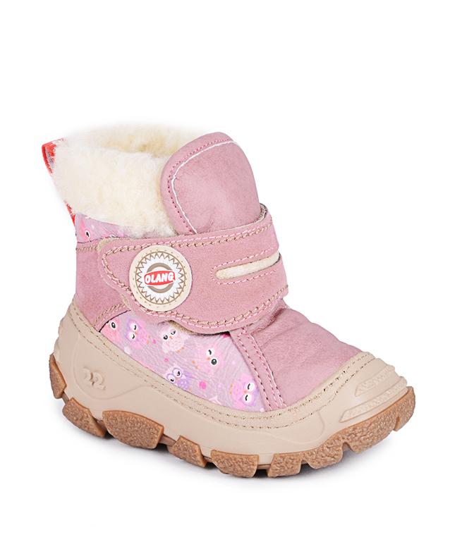 ДутикиCucciolo 840Стильные дутики Olang придутся по вкусу вашему ребенку. Удобные зимние сапоги разработаны специально для детей. В холода они обеспечат детским ножкам комфорт и тепло. Модель выполнена из экокожи (материал верха: 80% искусственная кожа, 20% эко-замша), имеет усиленный носок и задник, меховую подкладку, застежку-липучку. Подошва с рифлением обеспечит отличное сцепление с любыми поверхностями. Удобные дутики - необходимая вещь в гардеробе вашего ребенка.