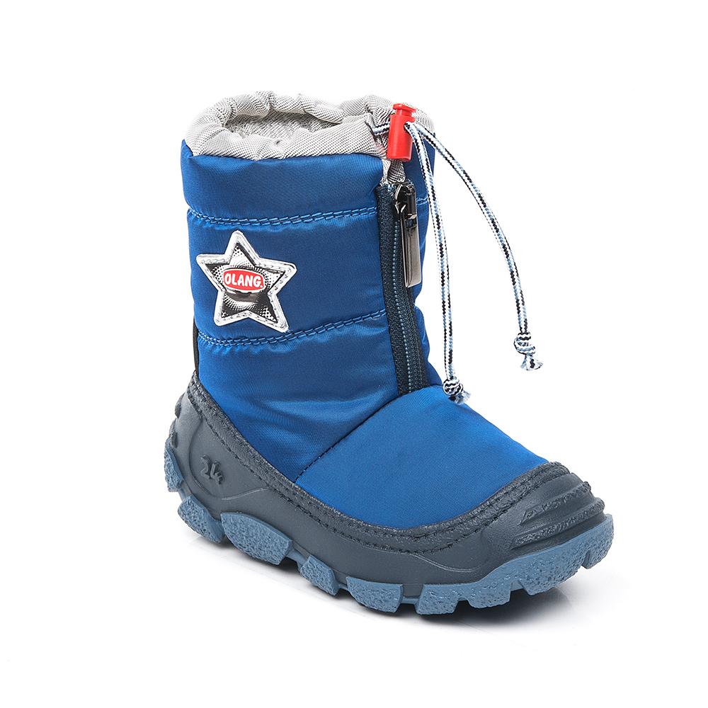 ДутикиEolo 827Начните холодный сезон вместе с Olang! Сапоги будут радовать ребенка и защищать его ноги от влаги и холода. А специальная застежка-фиксатор в верхней части обуви предотвращает попадание снега и воды внутрь. Материал верха: текстиль, материал подкладки: искусственный мех.