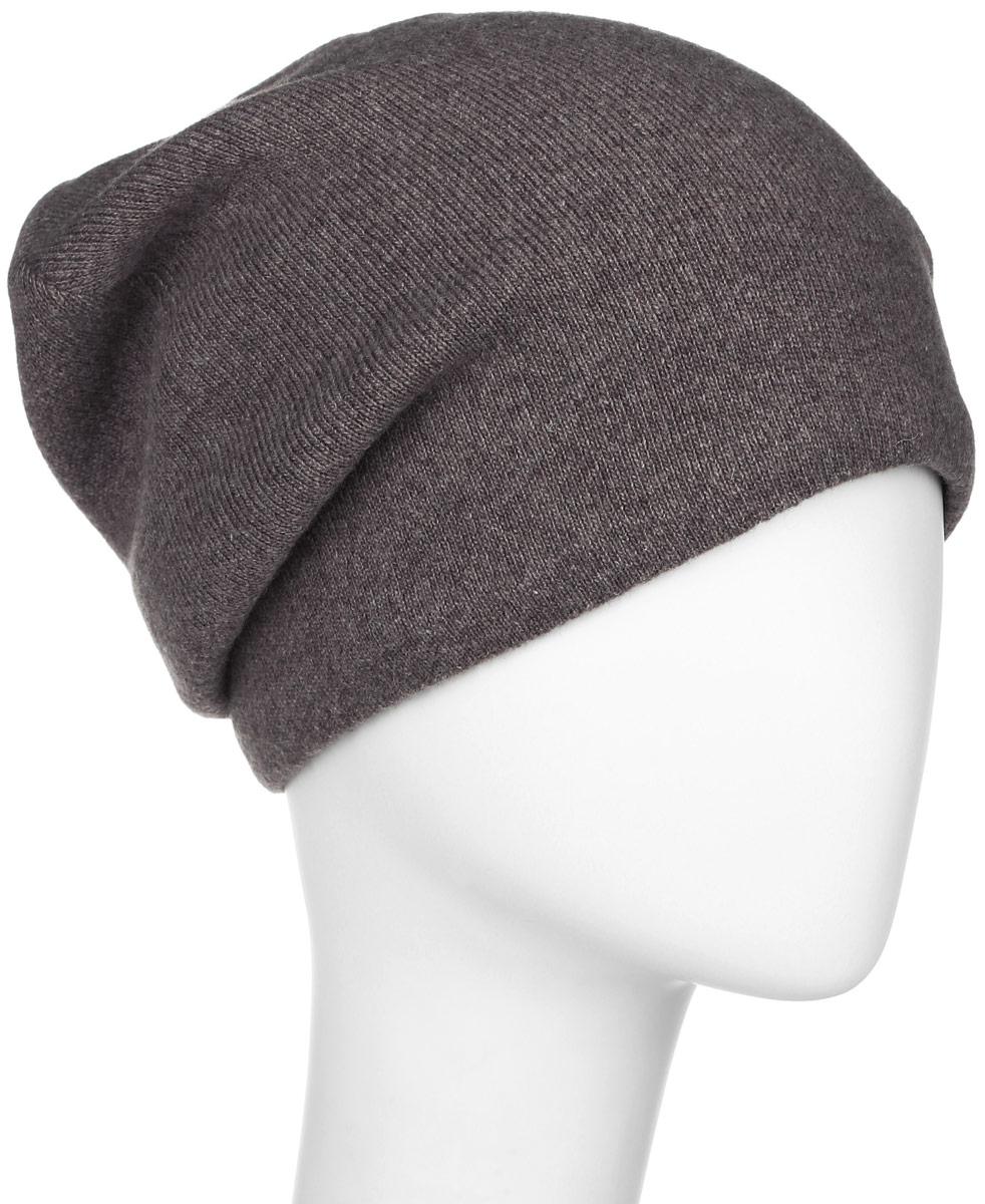 W16-21118_101Мужская шапка Finn Flare, изготовленная из шерсти с добавлением нейлона, отлично подойдет для холодной погоды. Подкладка изделия выполнена из невероятно мягкого полиэстера. Она превосходно сохраняет тепло, мягкая и идеально прилегает к голове. Модель оформлена небольшой металлической пластиной с фирменным логотипом.