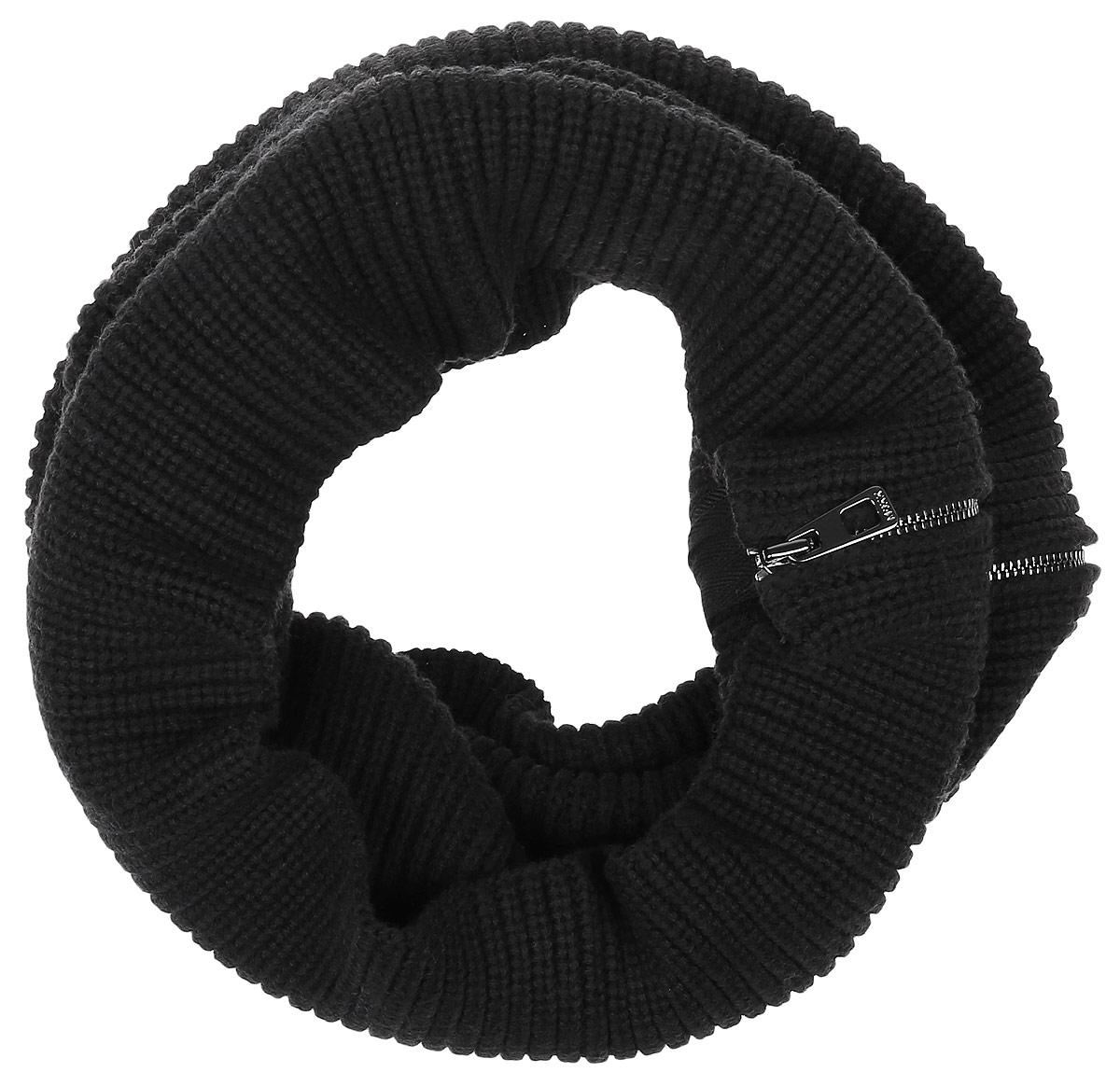 MX3024350_WM_SCR_008_001Женский вязаный снуд-хомут Mexx выполнен из сочетания высококачественных материалов хлопка и теплой шерсти. Модель выполнена в лаконичном стиле имеет застежку-молнию по всей длине и дополнена металлической пластиной с названием бренда. Изделие мягко драпируется и красиво распределяется в области шеи.