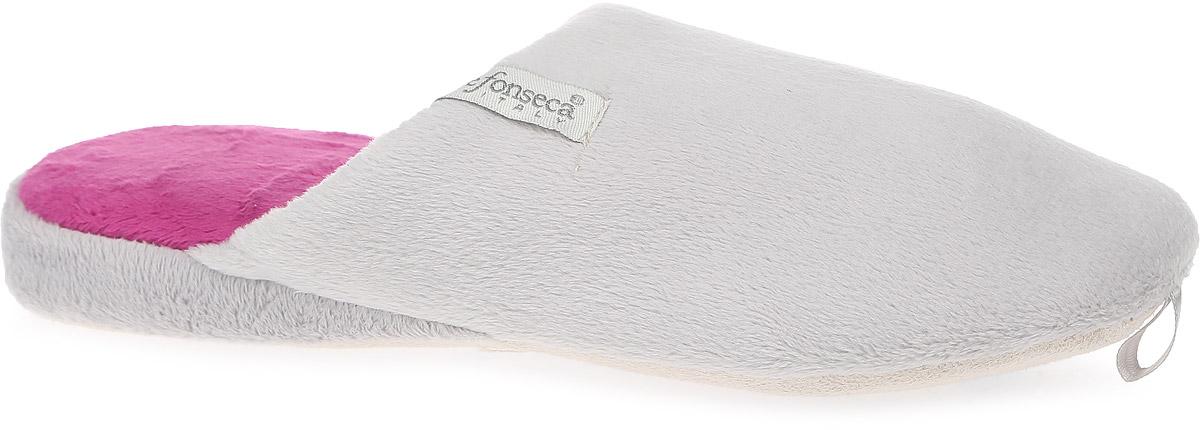 ТапочкиBERGAMO-W04Женские ароматизированные тапки от De Fonseca выполнены из ворсистого текстиля. Подкладка и стелька изготовлены из мягкого текстиля. Текстильная подошва оснащена противоскользящей накладкой.