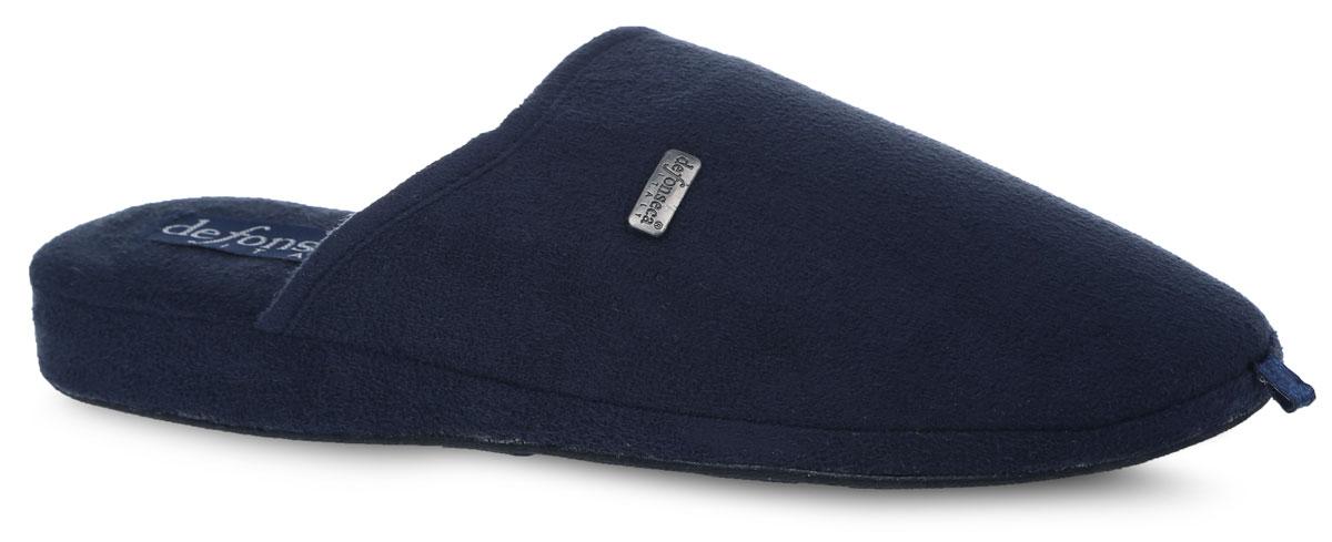 BASICUI62Мужские ароматизированные тапки от De Fonseca выполнены из текстиля и оформлены брендовой металлической нашивкой. Стелька из мягкого искусственного велюра обеспечит уют и тепло. Резиновая подошва оснащена рифлением.