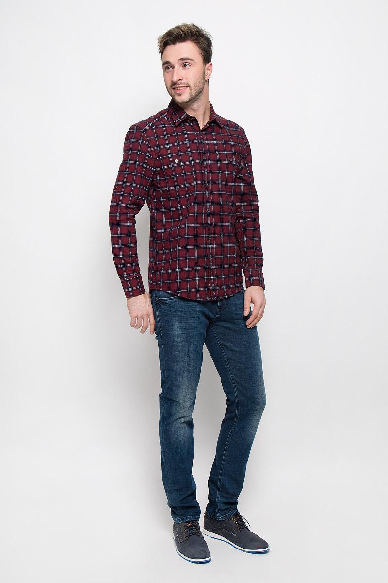 MX3023499_MN_SHG_008_620Хлопковая рубашка Mexx идеально подойдет для стильных и уверенных в себе мужчин. Материал изделия тактильно приятный, позволяет коже дышать, не стесняет движений, обеспечивая комфорт при носке. Рубашка с отложным воротником и длинными рукавами застегивается на пуговицы. Манжеты на рукавах также имеют застежки-пуговицы.