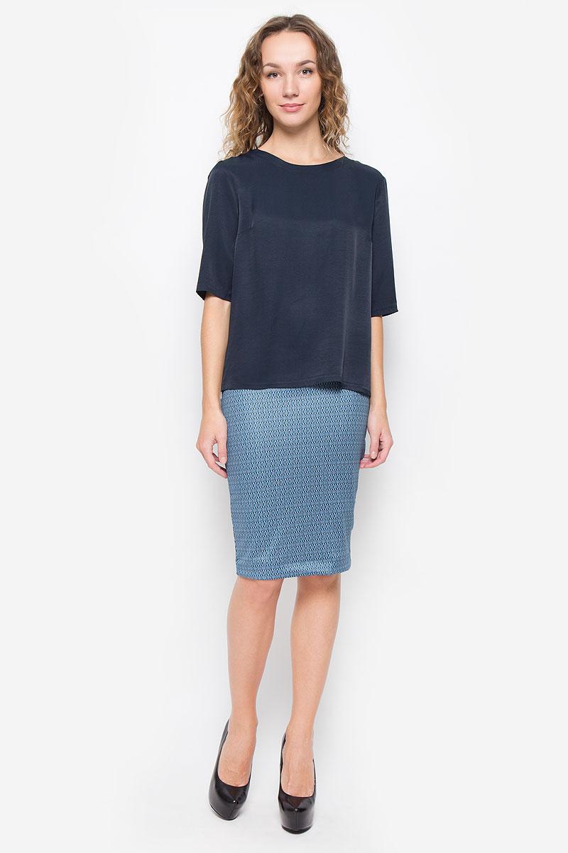 БлузкаMX3026166_WM_BLS_009_067Стильная женская блузка свободного кроя выполненная из легкого материала станет отличным дополнением вашего образа. Модель с круглым вырезом горловины и рукавами до локтя. На спинке модель дополнена двойной шлицей.