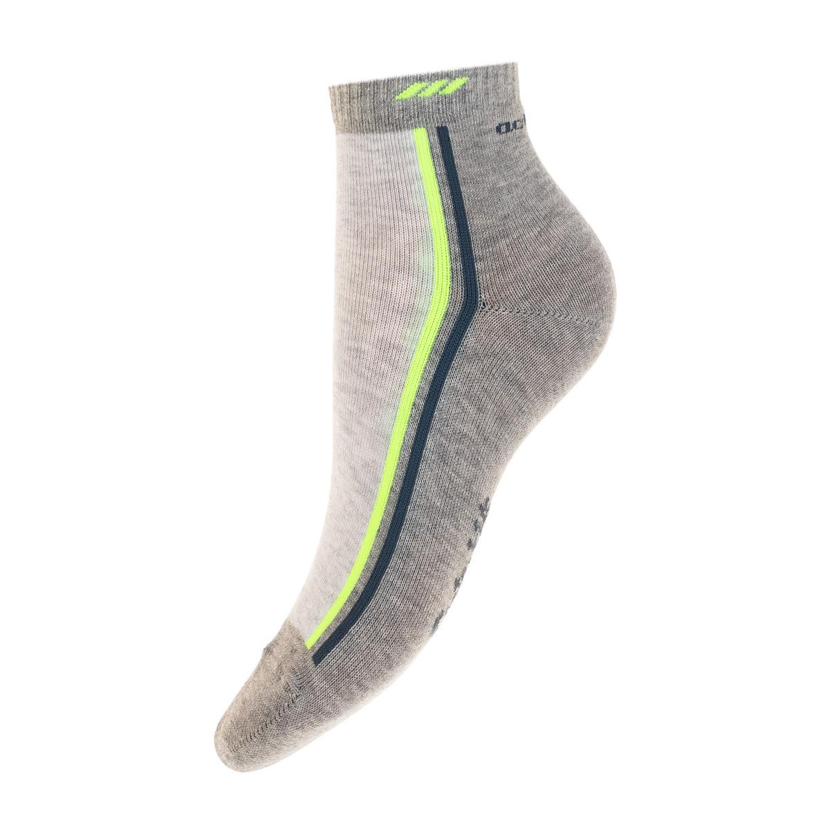 13420-236Удобные носочки для мальчика Conte-Kids Active, изготовленные из высококачественного комбинированного материала, очень мягкие и приятные на ощупь, позволяют коже дышать. Модель оформлена эластичной резинкой в паголенке, которая плотно облегает ногу, обеспечивая комфорт и удобство.