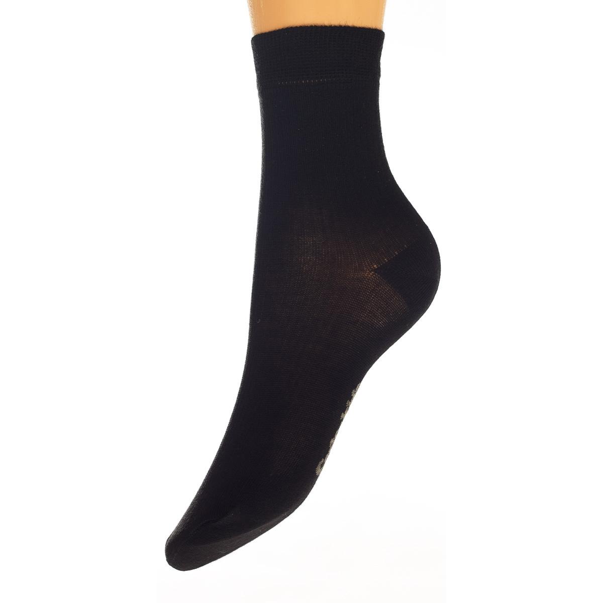 Носки15421-237Удобные носочки для мальчика Conte-Kids Class, изготовленные из высококачественного комбинированного материала, очень мягкие и приятные на ощупь, позволяют коже дышать. Модель оформлена эластичной резинкой в паголенке, которая плотно облегает ногу, обеспечивая комфорт и удобство.