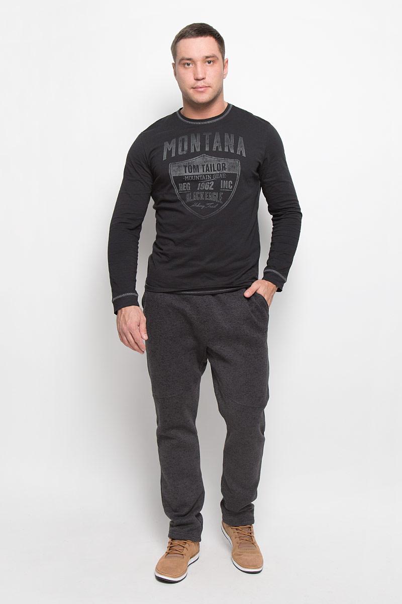 Брюки спортивные500969_060Мужские спортивные брюки Didriksons1913 Todd изготовлены из высококачественного полиэстера. Широкий эластичный пояс, дополненный шнурком, отвечает за идеальную посадку. Спереди находятся два втачных кармана, сзади - прорезной карман на застежке-молнии. С внутренней стороны брюки имеет мягкий начес.