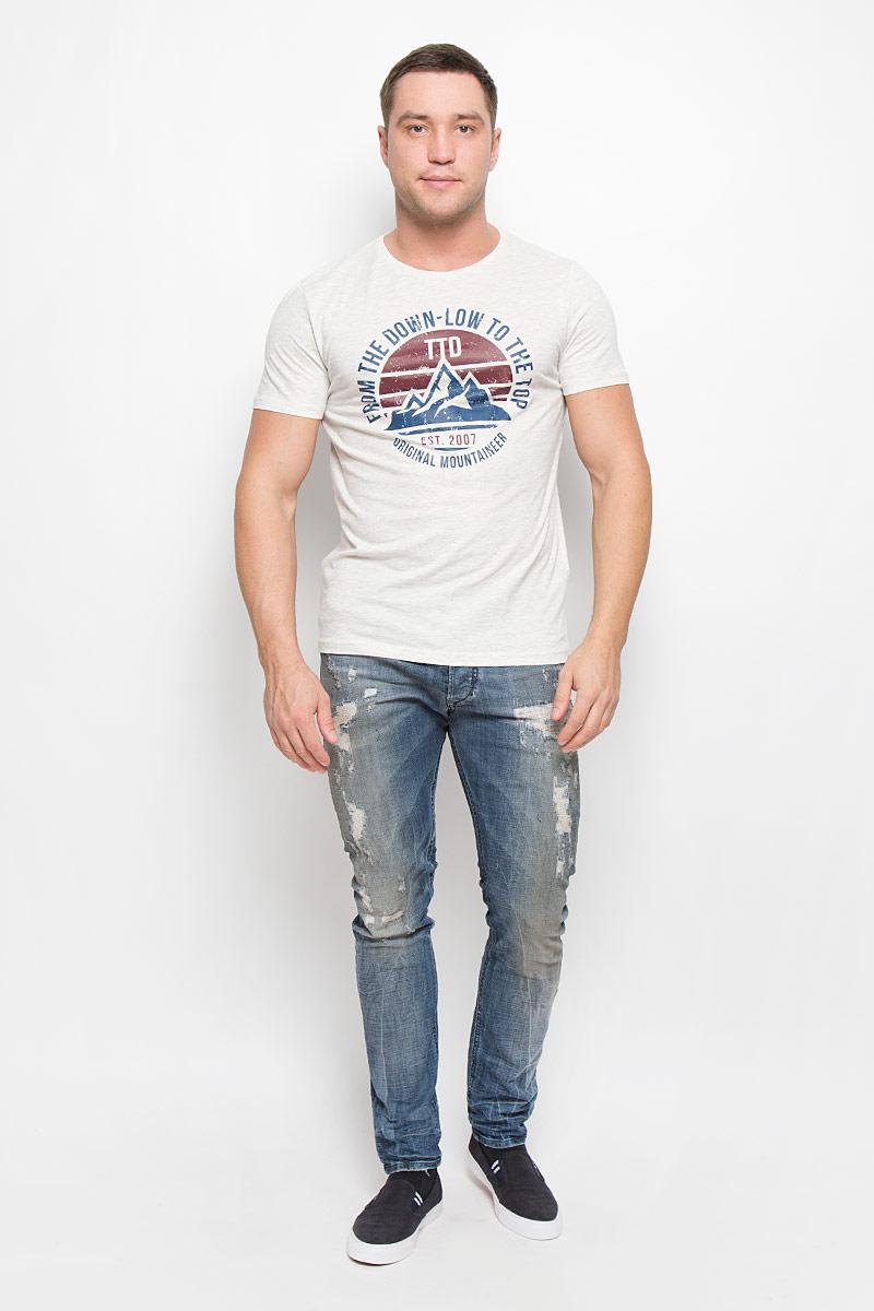 Футболка1036339.00.12_2608Мужская футболка Tom Tailor Denim поможет создать отличный современный образ в стиле Casual. Модель, изготовленная из хлопка с добавлением вискозы, очень мягкая, тактильно приятная и не сковывает движения. Изделие с круглым вырезом горловины и короткими рукавами оформлено спереди оригинальным принтом.