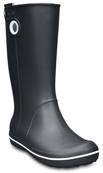 10970-410Стильные резиновые сапоги Crocband Jaunt от Crocs придутся вам по душе. Модель выполнена из полимера Croslite. Благодаря материалу Croslite обувь невероятно легкая, мягкая и удобная. Материал Croslite - бактериостатичен, препятствует появлению неприятных запахов и легок в уходе: быстро сохнет и не оставляет следов на любых поверхностях. Модель 100% водонепроницаемая, благодаря полностью литой конструкции. По периметру подошвы сапоги оформлены контрастной полоской, по бокам - декоративными отверстиями, с одной из боковых сторон - отверстиями для украшения джибитсами. Рифленое основание подошвы гарантирует идеальное сцепление с любой поверхностью. Стильные резиновые сапоги - незаменимая вещь в дождливую погоду.