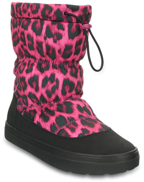 203422-675Легкие универсальные сапоги LodgePoint Pull-on Boot от Crocs подойдут на каждый день. Верх выполнен из водоотталкивающего нейлона и оформлен леопардовым принтом, голенище дополнено шнурком с фиксатором. Подошва Croslite улучшает сцепление и увеличивает срок службы обуви.