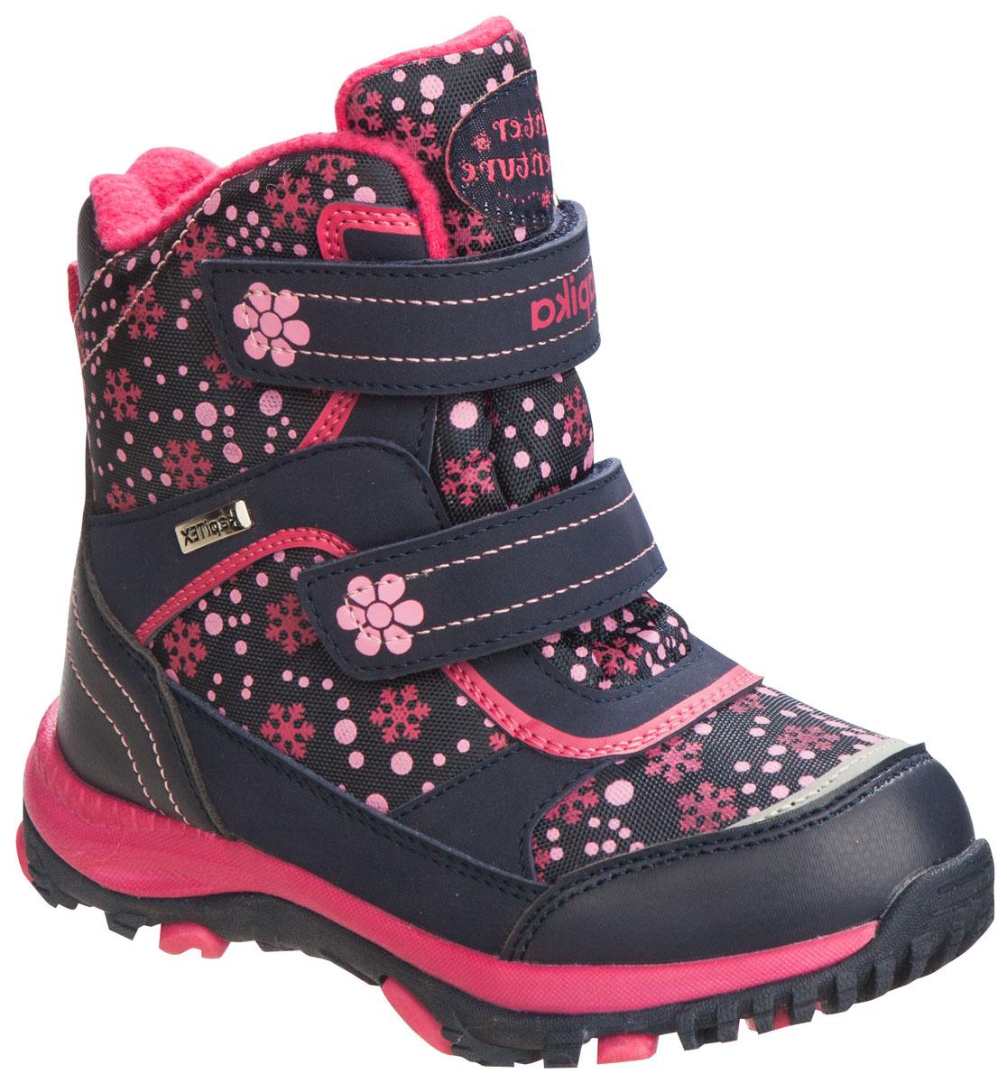 42164-1Легкие, удобные и теплые ботинки от Kapika выполнены из мембранных материалов и искусственной кожи. Два ремешка на застежках-липучках надежно фиксируют изделие на ноге. Мягкая подкладка и стелька из шерсти обеспечивают тепло, циркуляцию воздуха и сохраняют комфортный микроклимат в обуви. Подошва с протектором гарантирует идеальное сцепление с любыми поверхностями. Идеальная зимняя обувь для активных детей. Модель большемерит на 1 размер.
