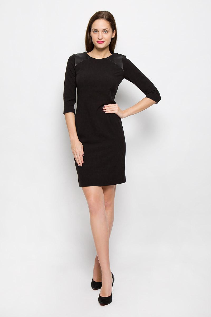 Платье5019349.00.75_2999Стильное платье выполнено из высококачественного материала. Платье с круглым вырезом горловины и рукавами ? на спинке застегивается на молнию. На плечах модель дополнена атласными вставками.