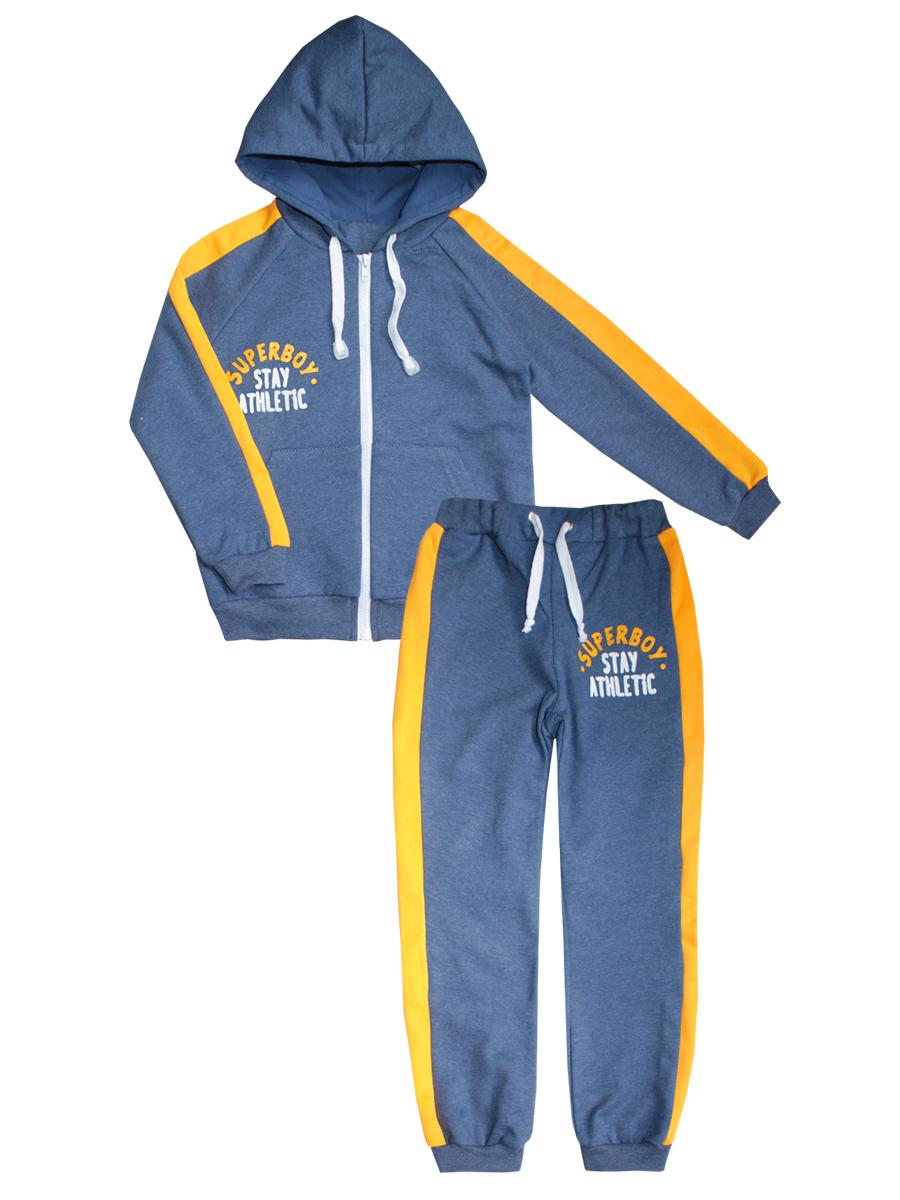 20916Спортивный костюм КотМарКот для мальчика изготовлен из натурального хлопка. Модель состоит из кофты и брюк, она идеально подойдет для занятий спортом и станет отличным дополнением к детскому гардеробу. С изнаночной стороны костюм дополнен теплым начесом. Кофта с капюшоном на шнурке и длинными рукавами-реглан застегивается спереди на пластиковую застежку-молнию. Манжеты и низ изделия стянуты широкой эластичной резинкой. Спереди расположено два накладных кармана и стильная надпись. Спортивные брюки на поясе имеют широкую эластичную резинку со шнурком, благодаря чему они не сдавливают животик и не сползают. Манжеты изделия выполнены из широкой эластичной резинки. Брюки также оформлены принтом с надписями.
