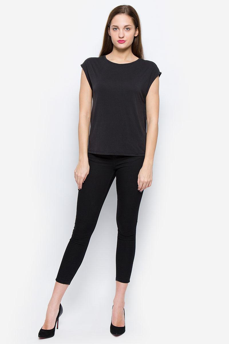 Блузка16052043_BlackОчаровательная женская блуза Selected Femme Sfirina выполнена из модала и полиэстера. Блузка свободного кроя с круглым вырезом горловины оформлена на спинке декоративным разрезом.