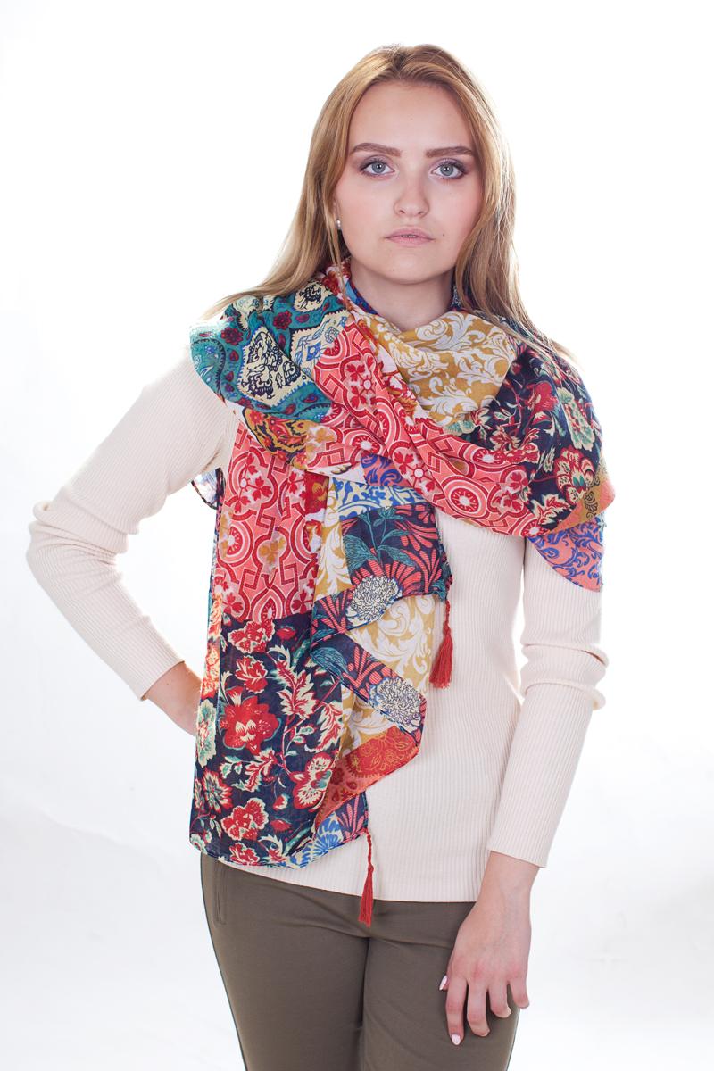 SJ-21604-16Стильный женский палантин Sophie Ramage станет великолепным завершением любого наряда. Палантин изготовлен из модала с добавлением шерсти и оформлен ярким оригинальным принтом. По краям модель дополнена кистями бахромы. Изящный палантин поможет вам создать изысканный женственный образ, а также согреет в непогоду.