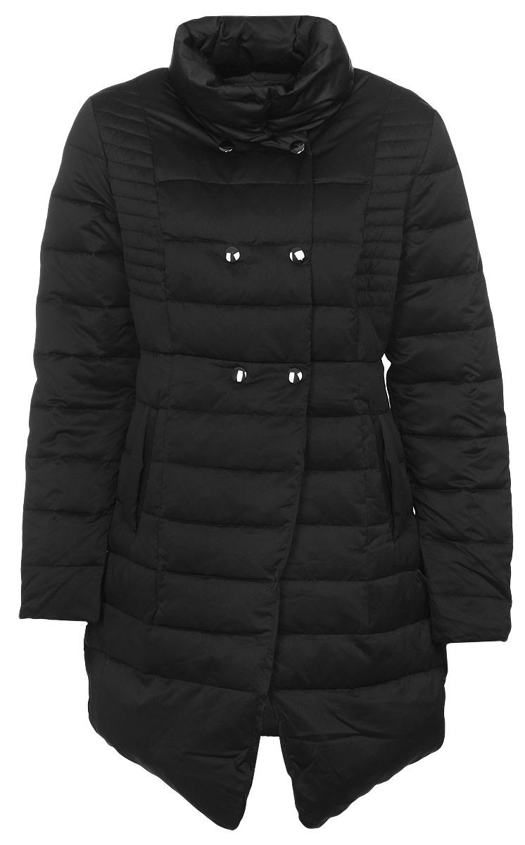 КурткаMX3024515_WM_JCK_010_001Стильная удлиненная куртка Mexx изготовленная из полиэстера с утеплителем из пуха и пера идеально подойдет для холодного времени года. Модель с воротником-стойкой и длинными рукавами застегивается на кнопки и дополнено двумя прорезными карманами спереди, с внутренней стороны одним потайным кармашком.