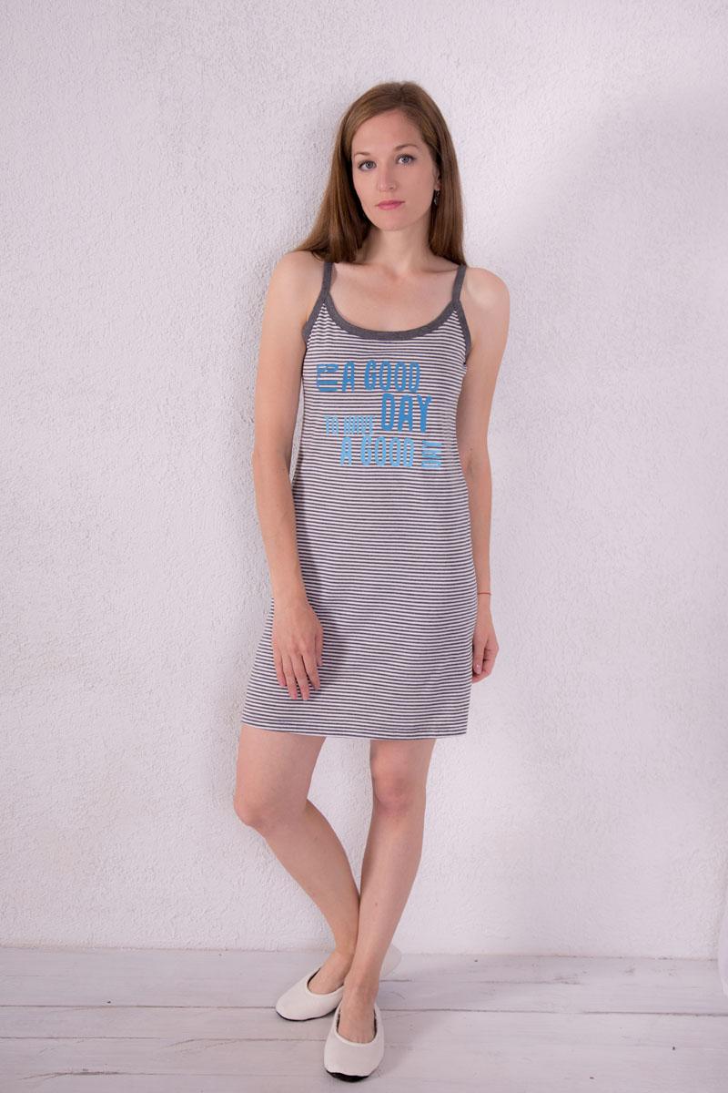 Платье домашнее7117110309Платье домашнее Violett изготовлено из натурального хлопка. Модель на бретельках оформлена принтом в полоску и надписями.