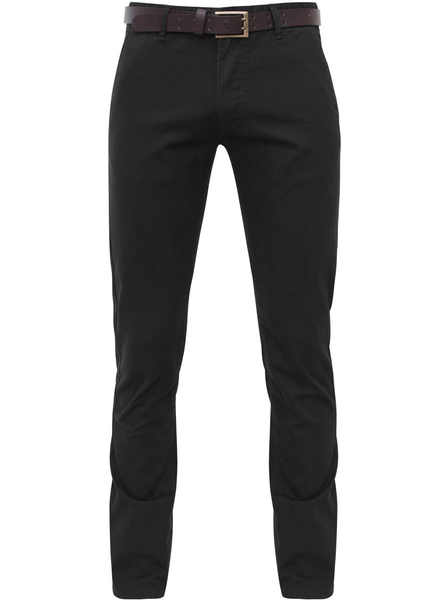 Брюки2B150011M/25735N/2900WСтильные мужские брюки oodji Basic выполнены из натурального хлопка. Модель прямого кроя и стандартной посадки застегивается на пуговицу в поясе и ширинку на застежке-молнии. Пояс имеет шлевки для ремня. Спереди брюки дополнены двумя втачными карманами и маленьким прорезным кармашком, сзади - двумя прорезными карманами на пуговицах.