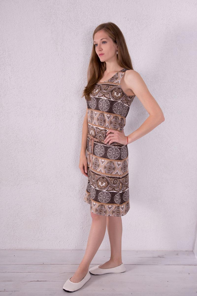Платье домашнее7117110503Платье домашнее Violett изготовлено из натурального хлопка. Модель с круглым вырезом горловины, оформлена оригинальным принтом и дополнена эластичным поясом.