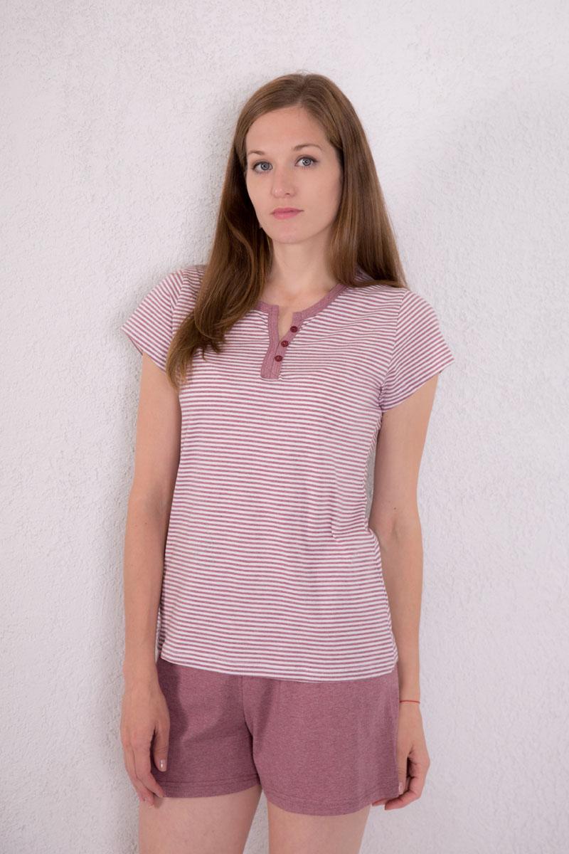 7117130501Женский домашний комплект одежды Violett, состоящий из футболки и шорт, выполнен из натурального хлопка. Футболка с круглым вырезом горловины и короткими рукавами оформлена принтом в полоску, спереди - V-образным вырезом и декоративными пуговицами. Шорты, выполненные в лаконичном дизайне, имеют эластичный пояс на талии и дополнены затягивающимся шнурком.
