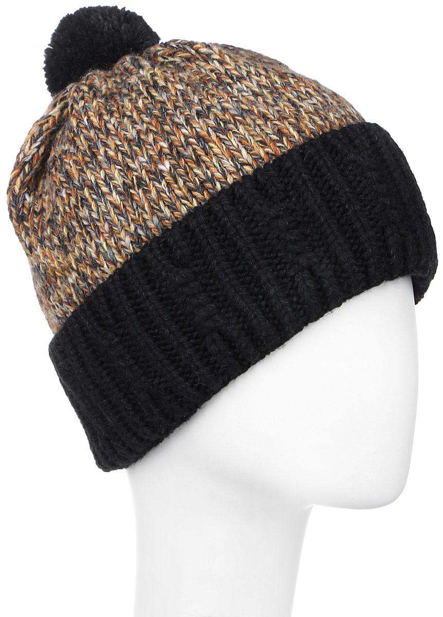 ШапкаMYH7104/2Теплая мужская шапка Marhatter отлично дополнит ваш образ в холодную погоду. Сочетание шерсти и акрила максимально сохраняет тепло и обеспечивает удобную посадку, невероятную легкость и мягкость. Подкладка выполнена из мягкого флиса. Шапка двойная с толстым отворотом, который связан резинкой, оформлена контрастным принтом. На макушке оформлен небольшой пушистый помпон, а спереди изделие дополнено нашивкой с названием бренда. Незаменимая вещь на прохладную погоду. Модель составит идеальный комплект с модной верхней одеждой, в ней вам будет уютно и тепло. Уважаемые клиенты! Размер, доступный для заказа, является обхватом головы.