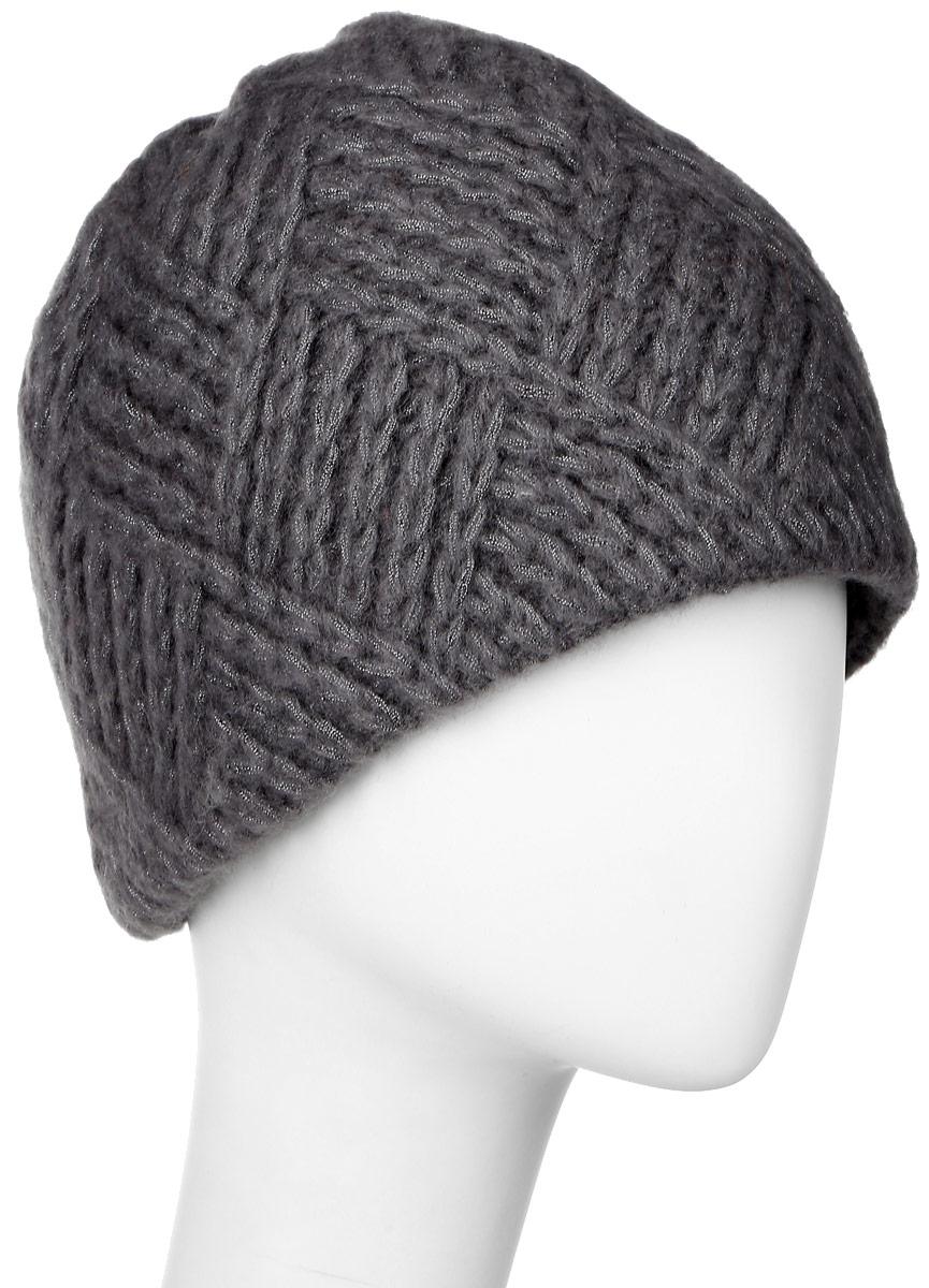 351856E-54Теплая женская шапка Vittorio Richi отлично дополнит ваш образ в холодную погоду. Сочетание высококачественных материалов сохраняет тепло и обеспечивает удобную посадку, невероятную легкость и мягкость. Классическая шапка выполнена крупной вязкой с узорами. Модель составит идеальный комплект с модной верхней одеждой, в ней вам будет уютно и тепло. Уважаемые клиенты! Размер, доступный для заказа, является обхватом головы.