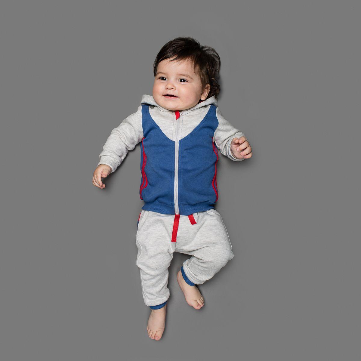 Толстовка25-220Толстовка Ёмаё, изготовленная из интерлока - очень удобный и практичный вид одежды для малышей. Толстовка с капюшоном и длинными рукавами застегивается спереди на пластиковую застежку-молнию, что помогает с легкостью переодеть ребенка. Рукава дополнены широкими трикотажными манжетами, не пережимающими запястья ребенка. Понизу проходит широкая трикотажная резинка. По спинке изделие оформлено крупным логотипом бренда. В такой толстовке вашему крохе будет комфортно и он всегда будет в центре внимания.