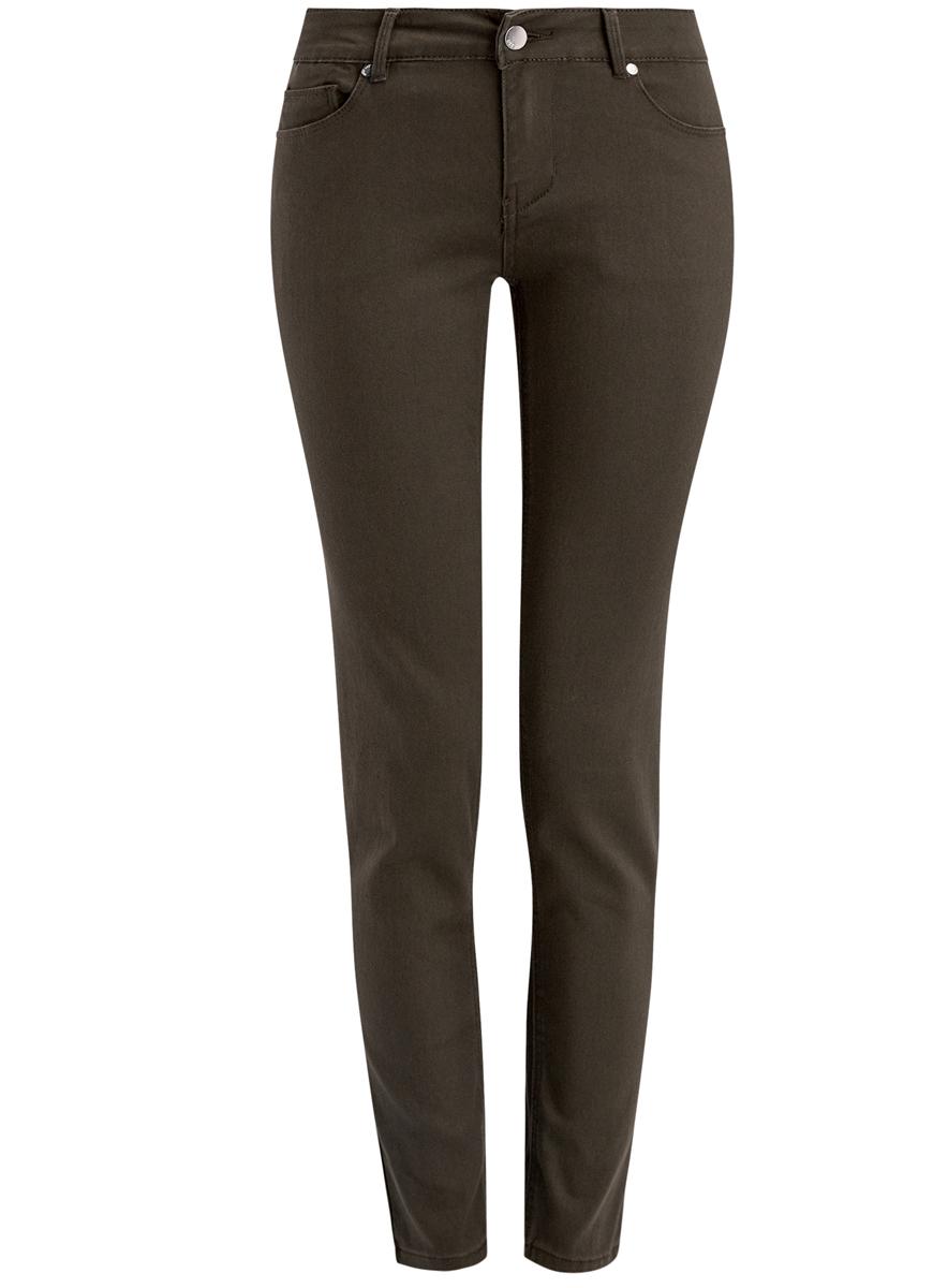 Джинсы12106141/45999/7900NЖенские джинсы oodji Denim выполнены из хлопка с добавлением полиэстера и эластана. Джинсы-слим по поясу застегиваются на пуговицу и имеют ширинку на застежке-молнии. Пояс дополнен шлевками для ремня. Спереди расположено два втачных кармана и один маленький накладной карман, а сзади - два больших накладных кармана.