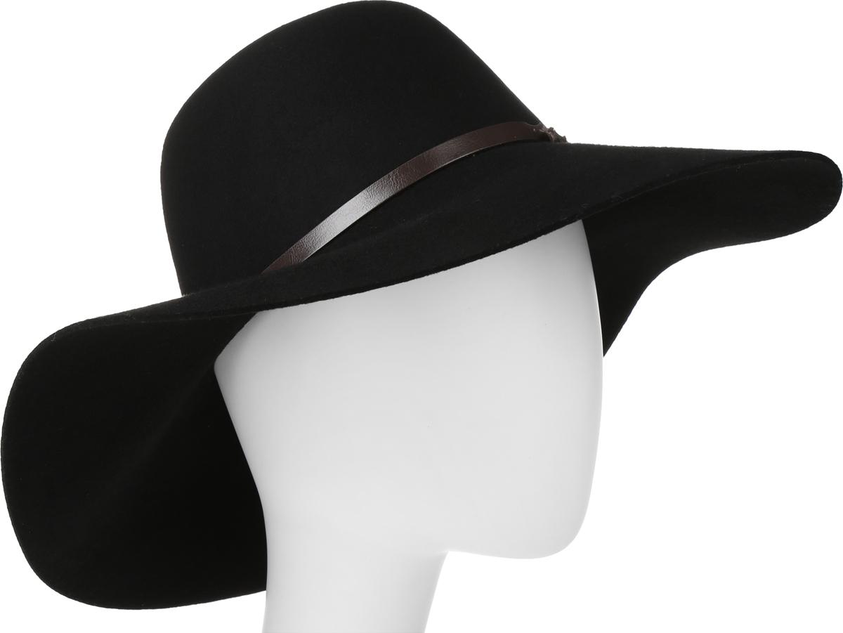 Шляпа605-9709Элегантная шляпа Goorin Brothers, выполненная из высококачественного тонкого фетра, дополнит любой образ. Модель с невысокой тульей и широкими полями. Внутри модель дополнена плотной тесьмой для комфортной посадки изделия по голове. Шляпа-флоппи по тулье оформлена тонким ремешком, который спереди отмечен логотипом Goorin Bros. Такая шляпа подчеркнет вашу неповторимость и прекрасный вкус.