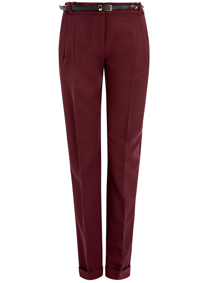 Брюки21714019-2/18600/4900NСтильные женские брюки oodji Collection выполнены из качественного комбинированного материала. Модель с завышенной талией застегивается на молнию, пуговицу и два крючка, имеются шлевки для ремня. По бокам изделие дополнено втачными карманами, сзади имитацией двух прорезных карманов. Низ брючин оформлен стильными отворотами. К брюкам прилагается ремень с декоративной цепочкой и металлической пряжкой.
