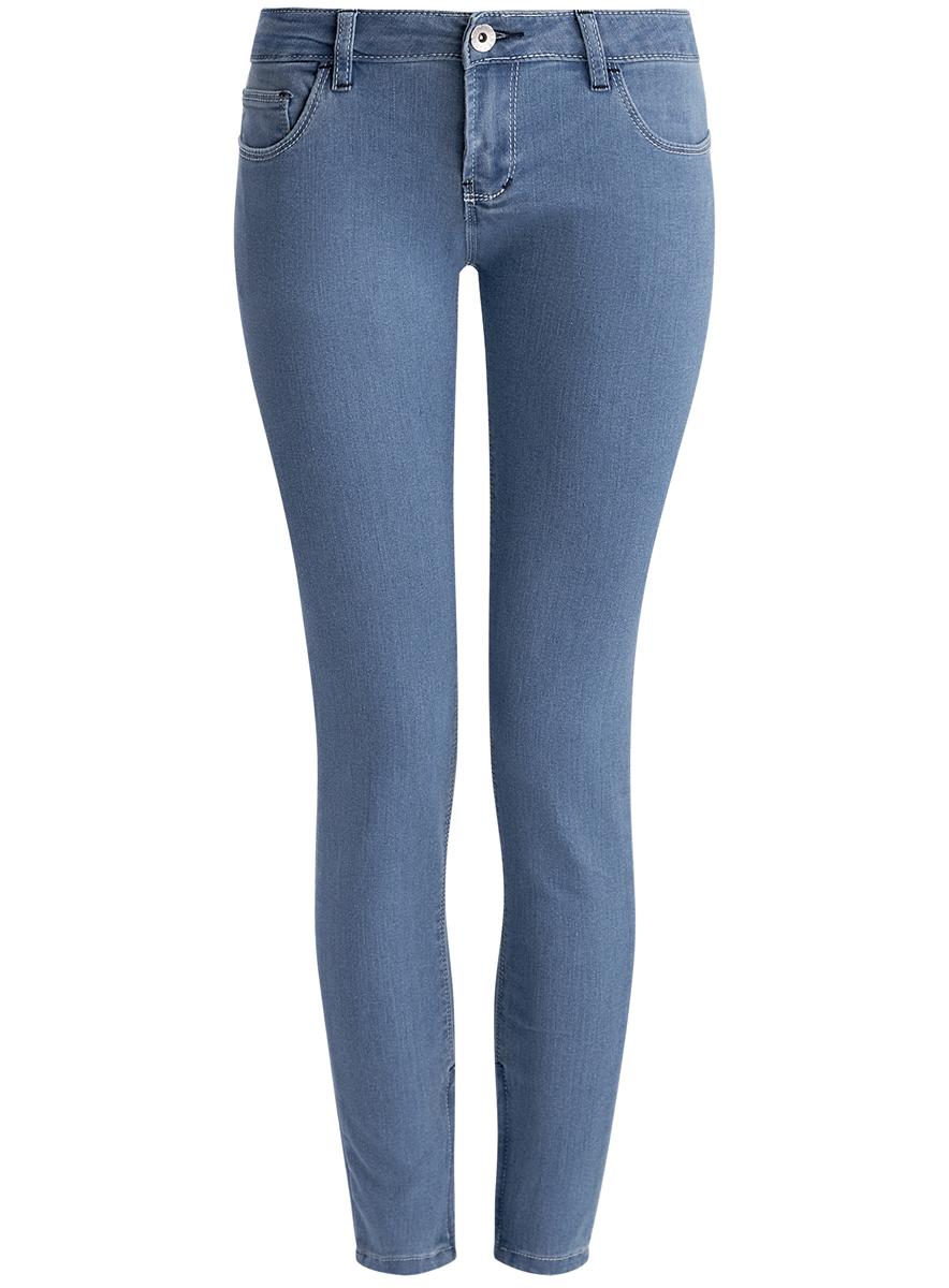 Джинсы12106042/42601/7500WЖенские джинсы oodji Denim выполнены из высококачественного эластичного хлопка с добавлением полиэстера. Джинсы-скинни заниженной посадки застегиваются на пуговицу в поясе и ширинку на застежке-молнии, дополнены шлевками для ремня. Джинсы имеют классический пятикарманный крой: спереди модель дополнена двумя втачными карманами и одним маленьким накладным кармашком, а сзади - двумя накладными карманами. Джинсы дополнена застежками-молниями по низу брючин.